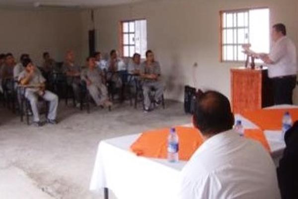 La capital capacitan sobre mediacion a los internos de for Mediacion penitenciaria