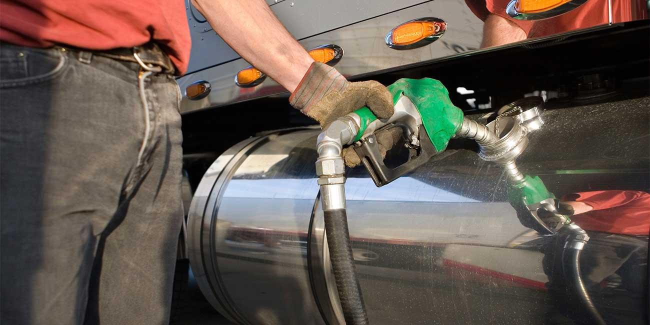 Precios de gasolinas y Diésel bajan tres centavos para este martes