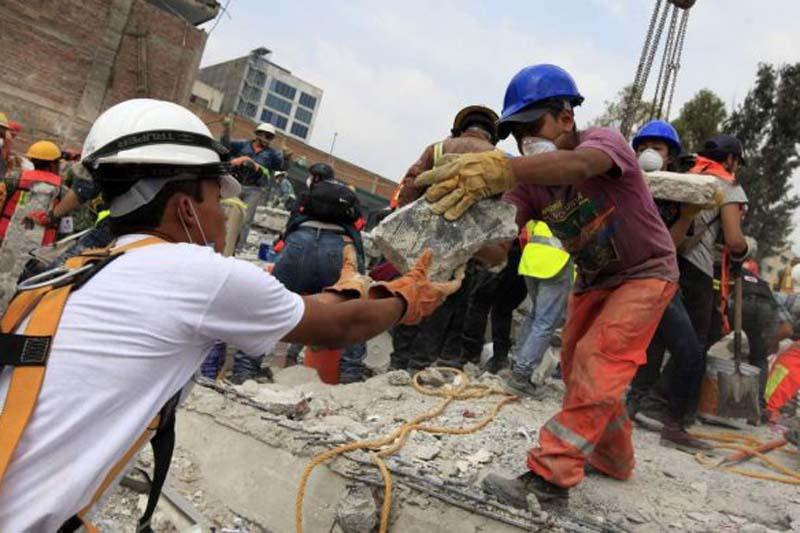 Búsqueda y rescate, prioridad en CDMX: Mancera