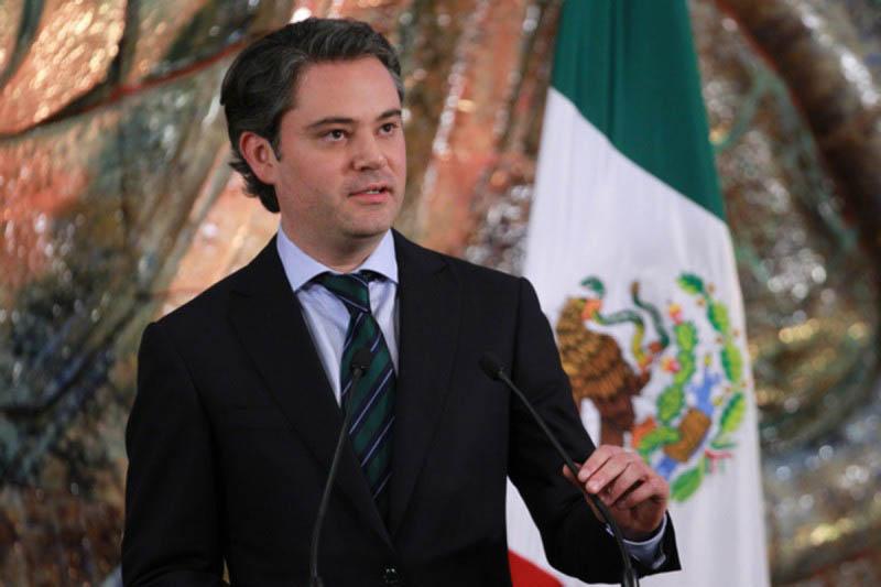 Izquierdista López Obrador encabeza encuesta rumbo a presidenciales México: sondeo