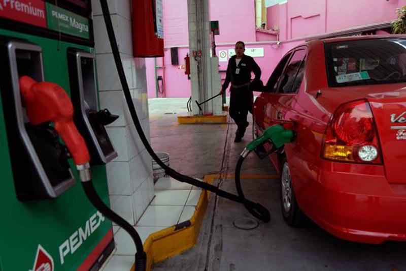 Suben precios de gasolinas y Diésel