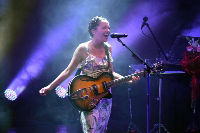 Natalia Lafourcade cantará en EU a beneficio de afectados por sismos