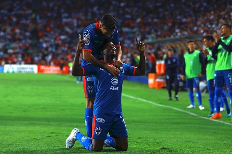 Avilés Hurtado le da triunfo a Monterrey sobre el Pachuca