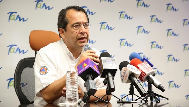 Franklin avanza debilitado tras tocar tierra como huracán en México
