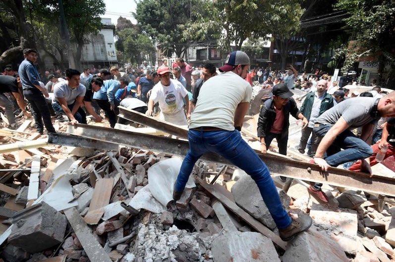 Sube a 286 la cifra de muertos por el terremoto en México